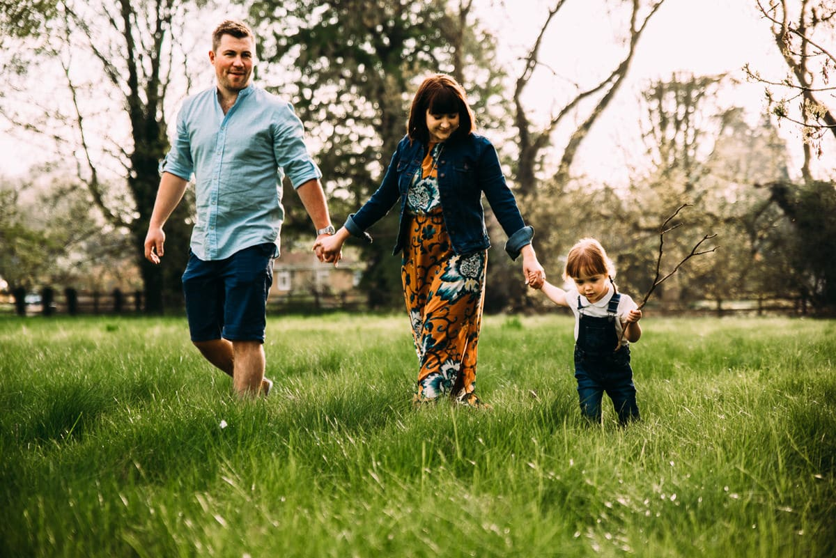 What to wear for a Spring photoshoot | Northampton family