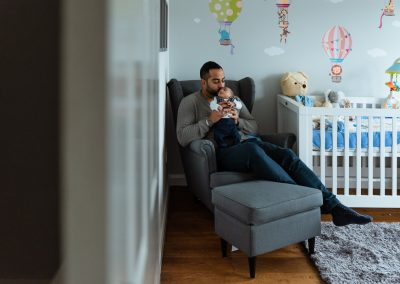 lifestyle newborn photo session at home